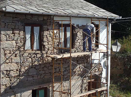 Picado fachada casa del pueblo 2007 web turismo rural y - Fachadas casas de pueblo ...